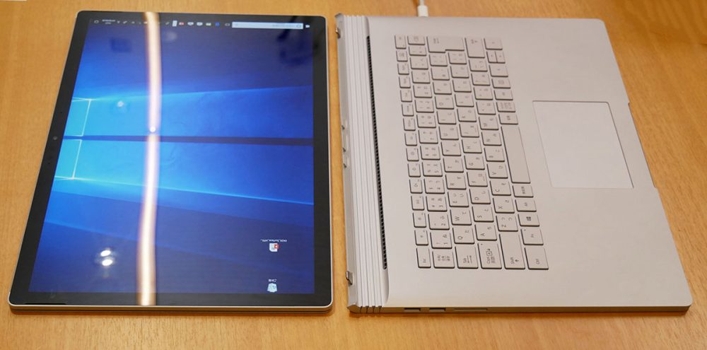 Surface Book 2 キーボードを取り外したところ