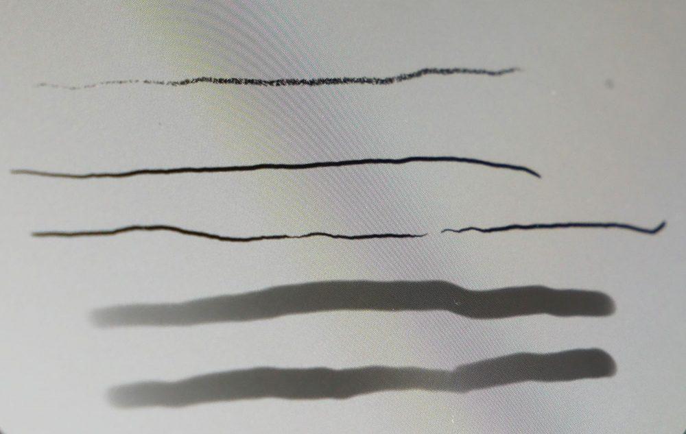 ペンで描く強さを変えて、線に強弱をつけたところ