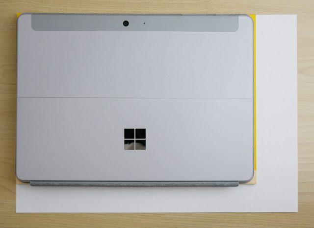 Surface GoとB5ノート、A4サイズとの比較