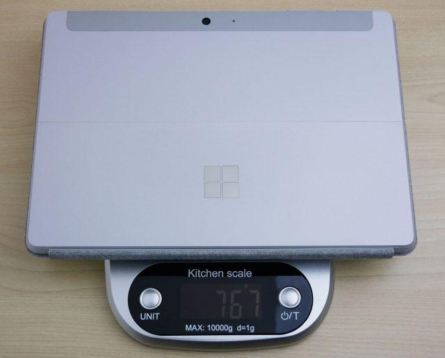 Surface Goとタイプカバーとの合計の重さ