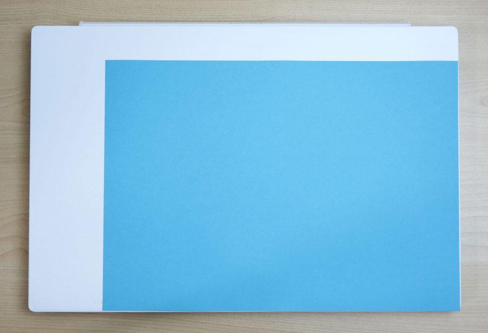 A4の紙との比較画像