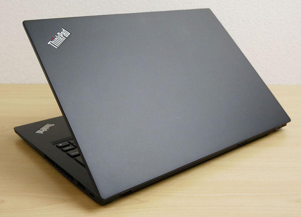 ThinkPad X280の天板側からのショット
