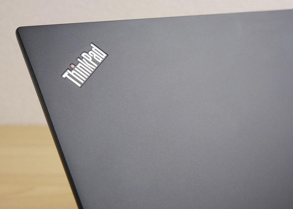 ThinkPad X280 天板のアップ