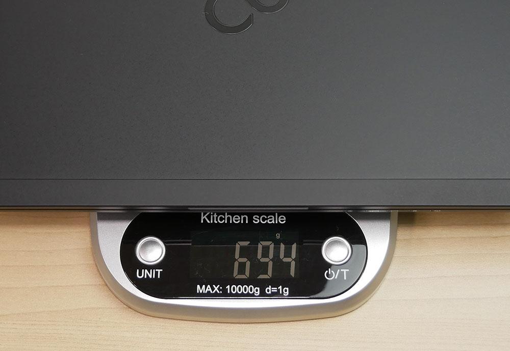 富士通 LIFEBOOK WU2/D2 の重さ実測