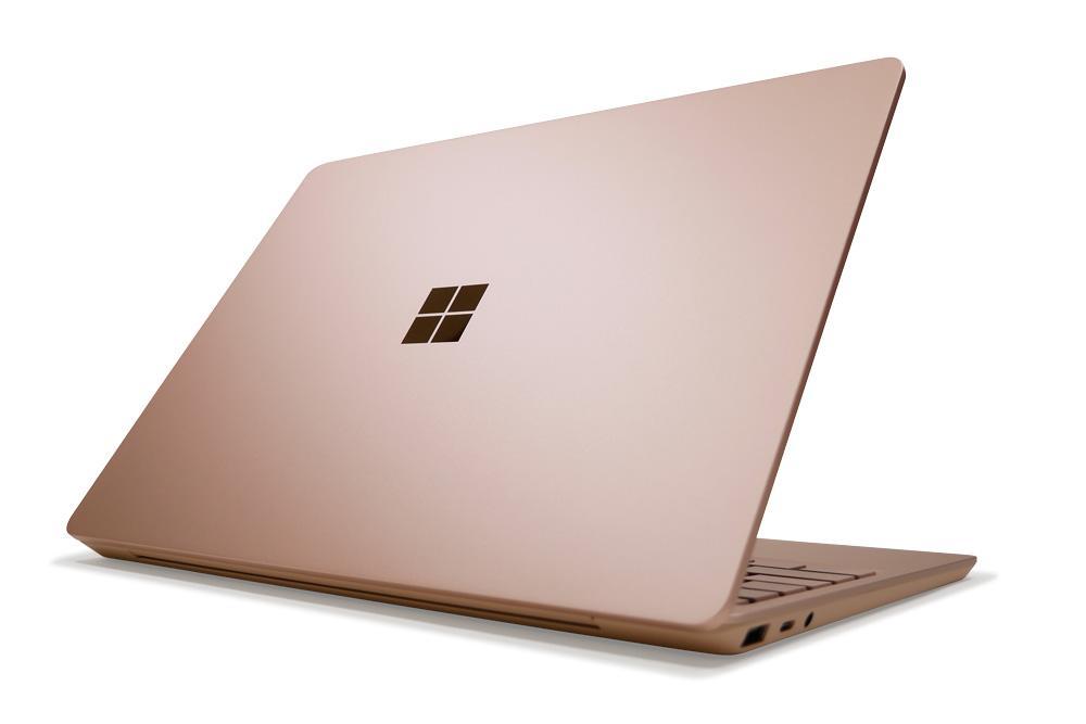 Surface Laptop Goの外観 天板側から斜め上
